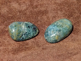 Apatite verte en pierres roulées