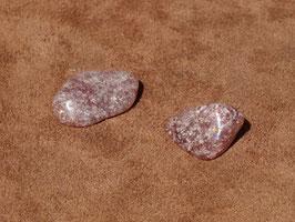 Hilutite en pierres roulées