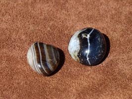 Agate noire en pierres roulées