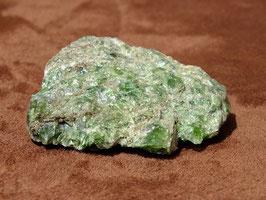 Diopside vert brut