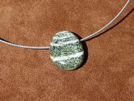 Serpentine oeil d'argent en pierres percées