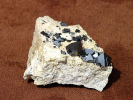 Magnétite brute - sur matrice