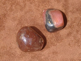 Rhodochrosite foncée en pierres roulées