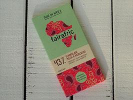 "fairafric Bio Schokolade 43 % ""Milch & Haselnuss"" 80 g Tafel"