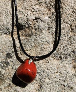 Collier en pierre naturelle: L'agate rouge