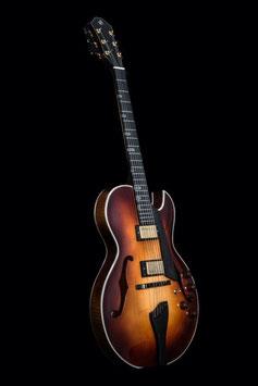 Acoustic Liuteria Oblique Master