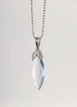 Bergkristall Navette Anhänger in Silber 925 mit Pflanzenblättern
