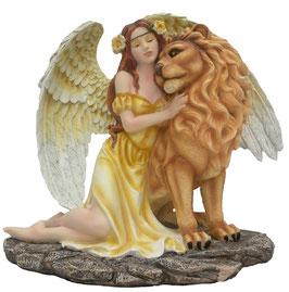 Engel mit Löwe