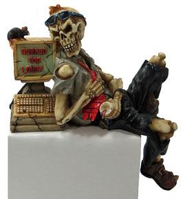 Skelett Kante mit PC