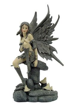 Fairy Myths-Elfe auf Pilz grau-grün