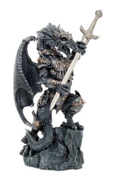 Drache schwarz mit Schwert + Rüstung