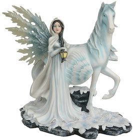 Schnee-Elfe mit Pegasus
