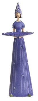 Lavendelmädchen stehend