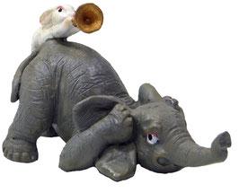 Elefant mit Hase