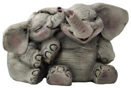 Elefanten-Paar sitzend