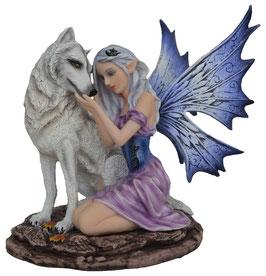 Elfe mit Wolf