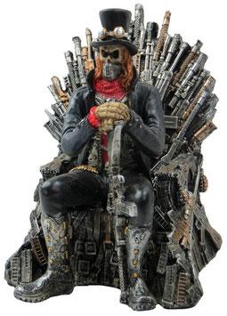 Steampunk-Warlord auf Thron