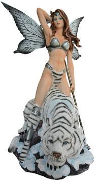 Elfe mit weissem Tiger