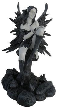 Fairy Myths-Elfe auf Pilz schwarz-weiss