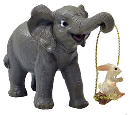 Elefant mit Hase und Schaukel