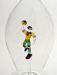 Karaffe, Flasche 0,5 L.mit farb. Handballer