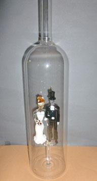 XXL-Flasche mit farbigem Hochzeitspaar, Höhe ca 480 mm, Inhalt ca 2 Liter, Figurenhöhe ca 130 mm
