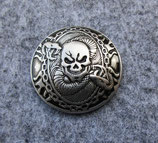 Skull mit Schlange