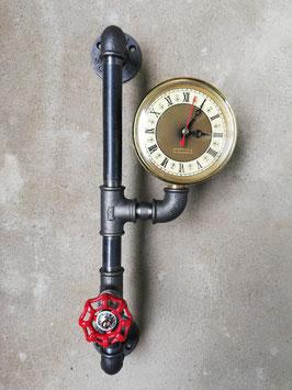 Vintage Eisenuhr aus Rohren Rohruhr Steampunk Industrial Style Wanduhr