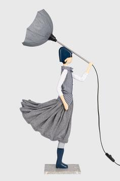 """Skitso Lampe als Frauenfigur Puppe im handgenähten Kleid mit Lampenschirm """"LEGO"""""""