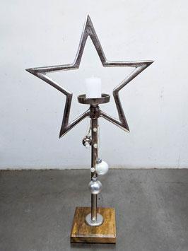 Stern mit Holzfuss