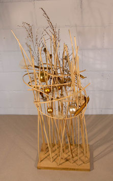 Objekt mit Holzstäben