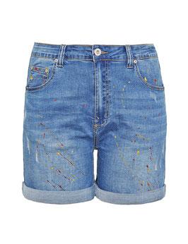 modische Jeans-Shorts mit Farbspritzer