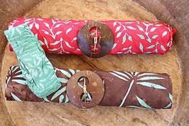 Sarong-Set rot mit Blätter in türkis,  braun mit Palmblätter in türkis + Bandana grün