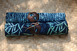 Zweier-Set: mitternachtblau mit Palmblättern und Tupfern in türkis