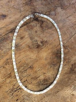 Halskette mit Shiva-Muscheln