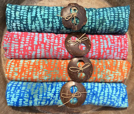 Vierer-Set: ähnliche Grundfarben - Designs alle mit türkis