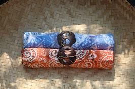 Zweier-Set: blau / orange mit Muschelornamenten