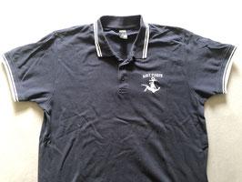 Navy Pinup Polo Shirt mit weißem Stick Logo auf linker Brust