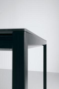 Tisch SINTESI schwarz