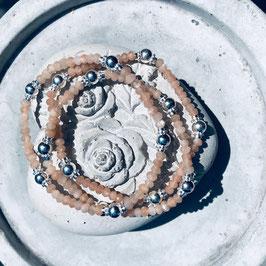 Mondstein mit Silberelementen *glüna*