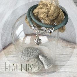 Doppeltes Lederband mit Silberblume *flur*