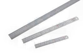 Metallmassstab, mm und Inch