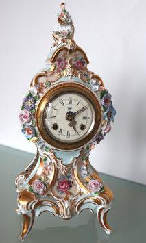 """Porzellan-Tischuhr """"Sanssouci"""", Nymphenburger Porzellan, mechanisch mit Schlag, ca. 50er/60er Jahre"""