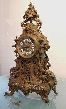 Franz. Kamin-Uhr feuervergoldet -  antik, 19. Jahrhundert