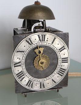 Einzeiger-Eisenuhr mit Wecker, antik, 18 Jahrh.