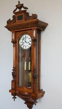 Gustav Becker - Wiener Seilzug-Regulator, ca. 1880, Gehäuse Nussbaum