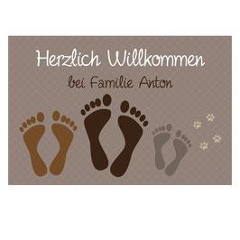 """Fußmatte """"Fußabdrücke"""" mit 3 Familienmitgliedern (optional mit Pfoten)"""
