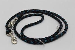 Leine aus Paracord in schwarz, braun und blau