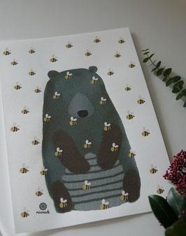 Bär mit Bienenkorb.