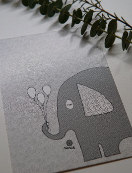 Elefant mit Ballons.